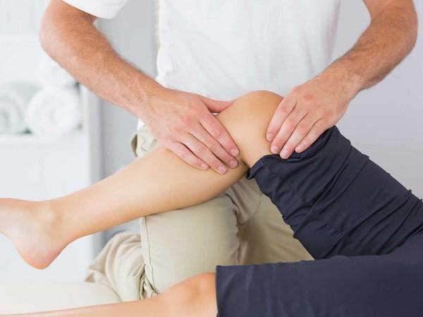 5 mẹo trị đau khớp gối mà không cần dùng thuốc Tây - Ảnh 2