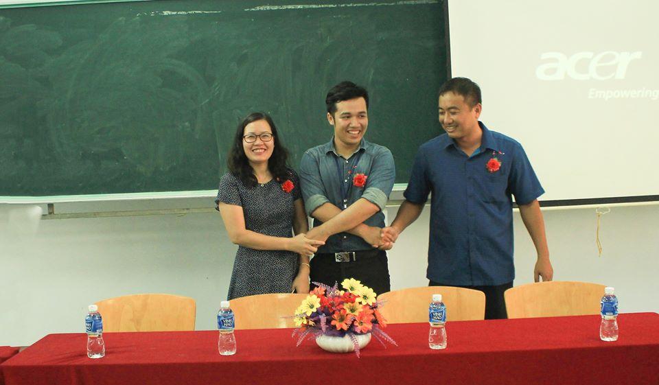 Sinh viên HUFI sáng tạo không gian làm việc và học tập cho sinh viên - Ảnh 1