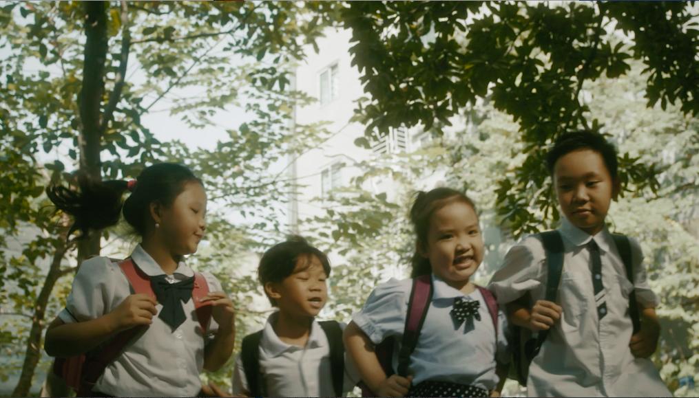 Hương Tràm tham gia MV kêu gọi hỗ trợ mổ tim miễn phí cho trẻ em nghèo mắc bệnh tim bẩm sinh - Ảnh 2