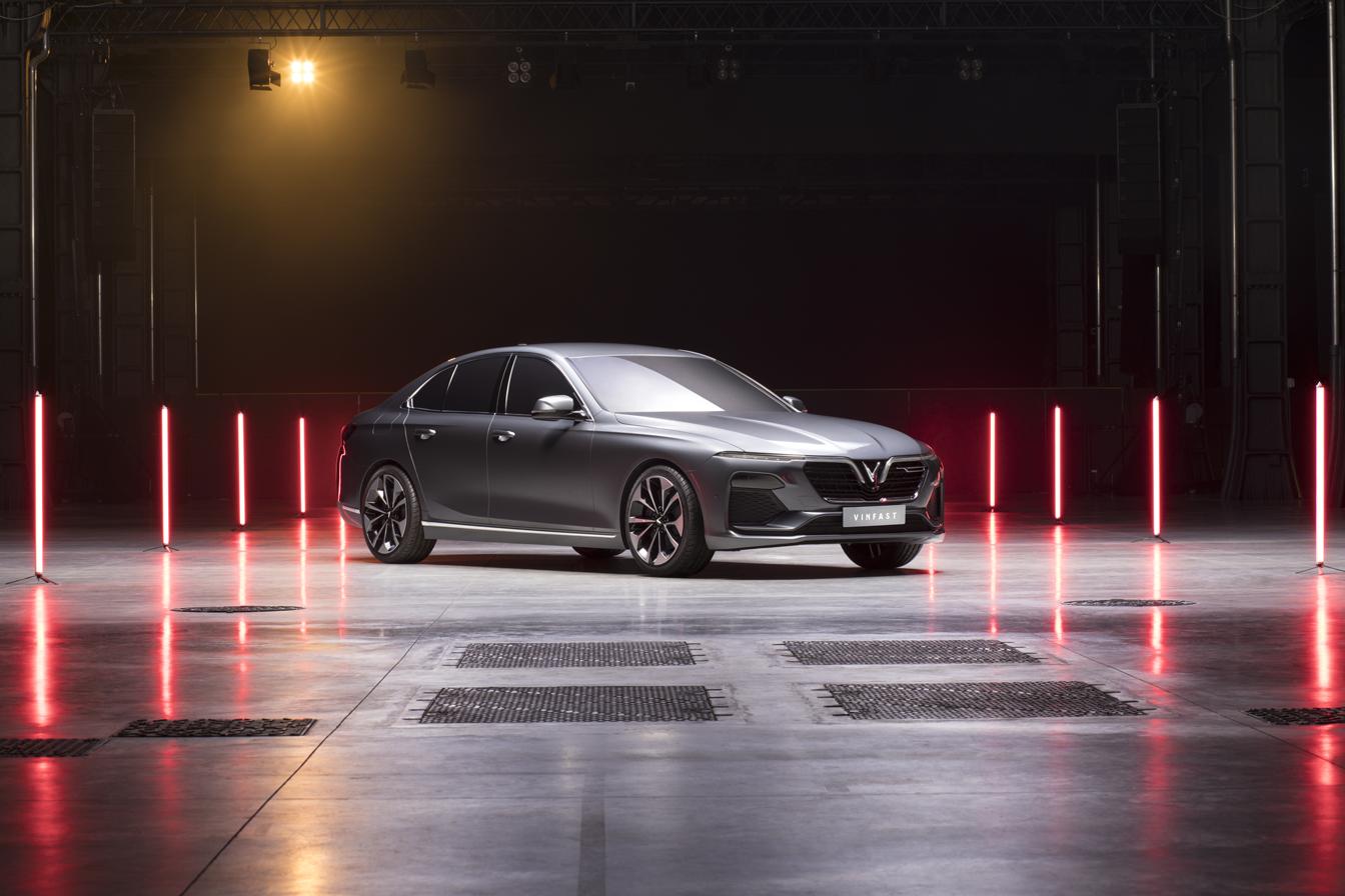 VinFast đồng loạt ra mắt 3 dòng sản phẩm ô tô, xe máy điện - Ảnh 2