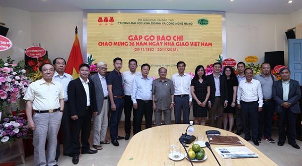 36 năm ngày Nhà giáo Việt Nam 20/11/1982 - 20/11/2018 Trường Đại học Kinh doanh và Công nghệ Hà Nội tổ chức gặp gỡ báo chí  - Ảnh 7