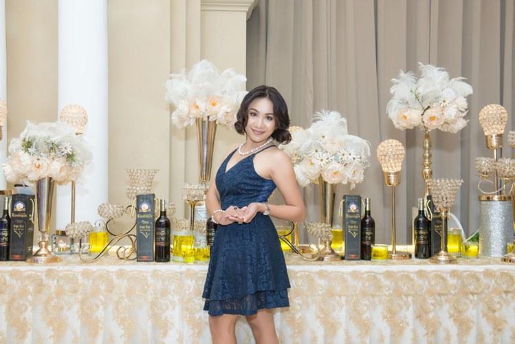 Giám đốc truyền thông Lê Phạm trẻ trung đến chúc mừng hôn lễ của CEO Lý Nhã Lan - Ảnh 9