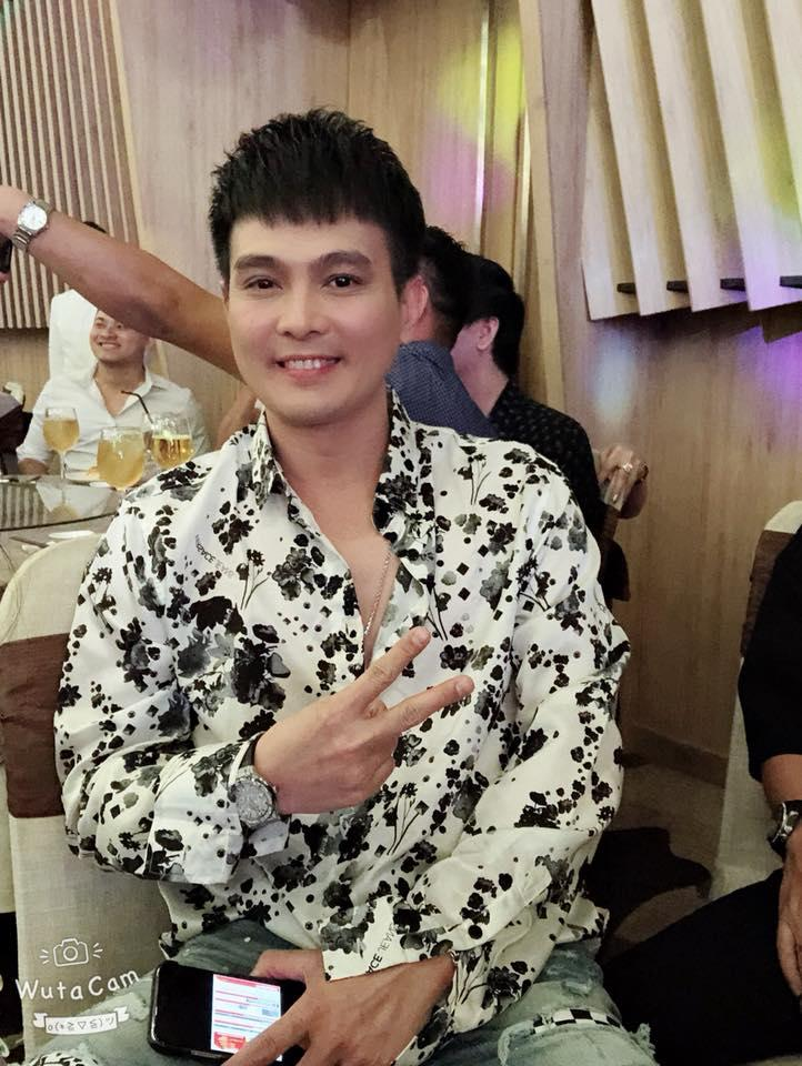 Giám đốc truyền thông Lê Phạm trẻ trung đến chúc mừng hôn lễ của CEO Lý Nhã Lan - Ảnh 4