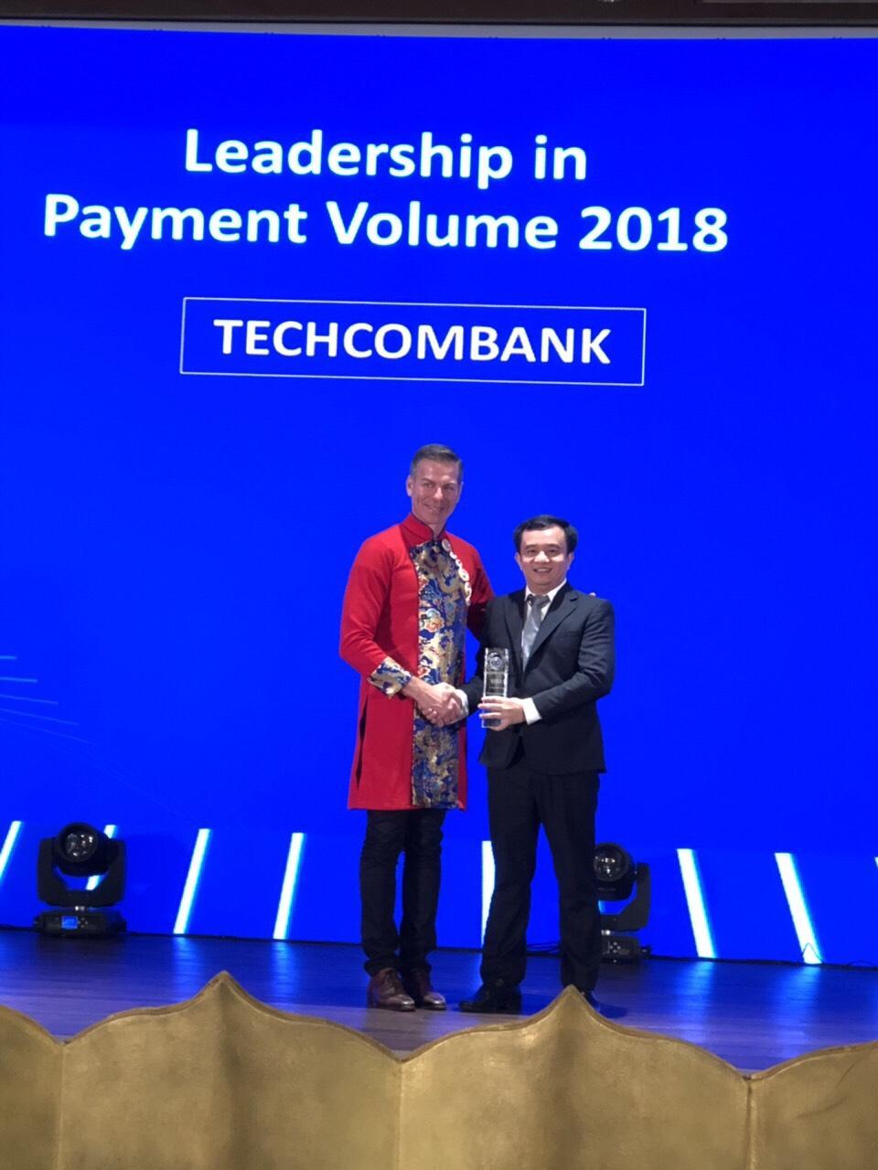 Techcombank dẫn đầu thị trường về doanh số thanh toán qua thẻ Visa tại Việt Nam - Ảnh 2