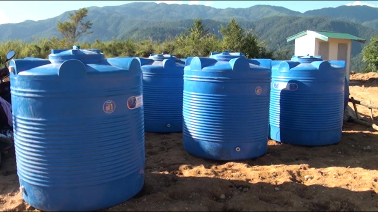 Tân Á Đại Thành trao tặng 5 bồn nước cho Trường mầm non La Ú Cò – Lai Châu - Ảnh 4