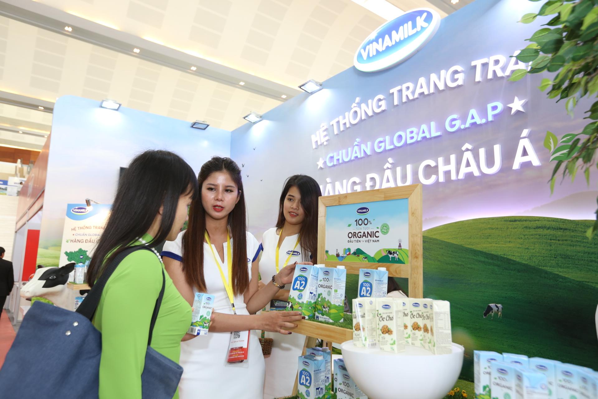 Vinamilk nhận bằng khen của Thủ tướng Chính Phủ về phát triển tam nông bền vững - Ảnh 3