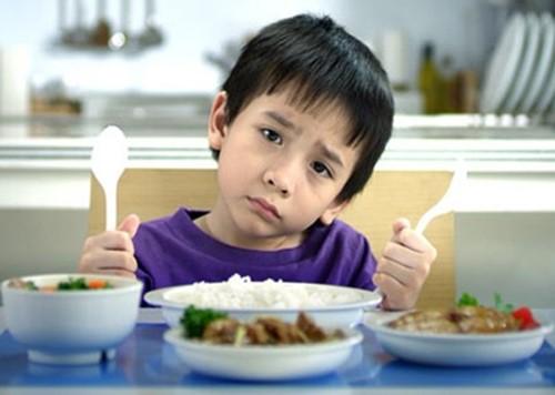 Nguyên nhân và giải pháp cho trẻ chậm tăng cân - Ảnh 1