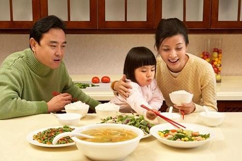 Cách chăm sóc trẻ 4 tuổi biếng ăn - lời khuyên của chuyên gia - Ảnh 2