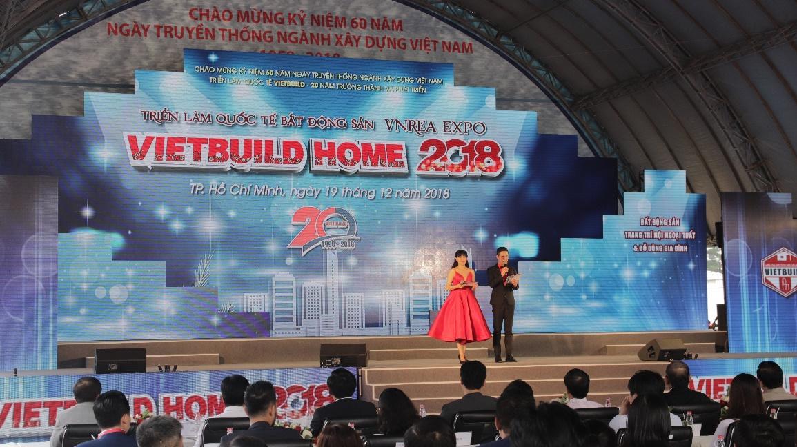 Tập đoàn Tân Á Đại Thành tham dự Triển lãm quốc tế Vietbuild 2018  - Ảnh 1