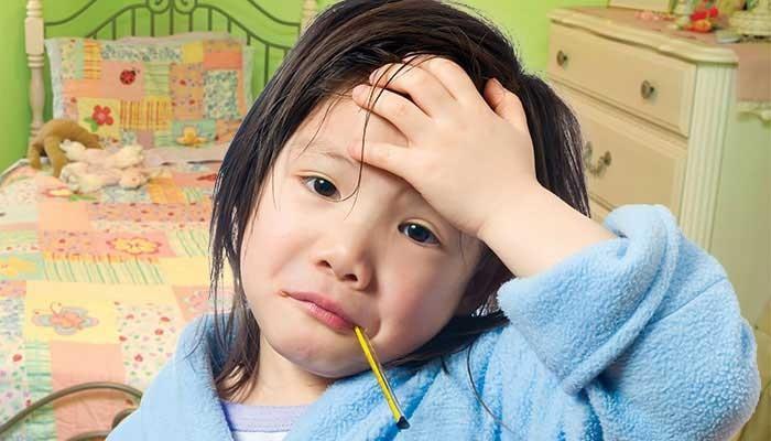 Sai lầm phổ biến 90% mẹ Việt mắc phải khi chăm sóc trẻ bị viêm họng - Ảnh 2