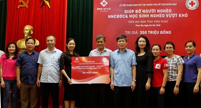 TMS Group trao tặng 350 triệu đồng hỗ trợ nạn nhân chất độc da cam, người nghèo tại Vĩnh Phúc - Ảnh 1