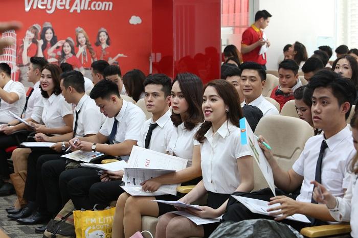 Tưng bừng ngày hội tuyển dụng tiếp viên Vietjet trong tháng 8  - Ảnh 1