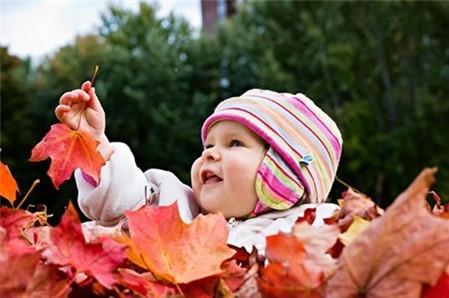 Cách chăm sóc da bé vào mùa thu - Ảnh 1