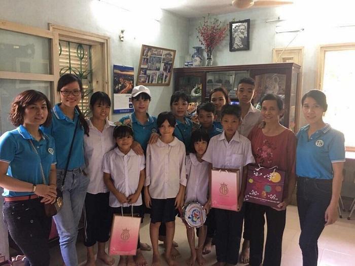 Công ty TNHH Đông y Gia truyền Tiến Hạnh: Mang trung thu đến các em nhỏ có hoàn cảnh khó khăn - Ảnh 3