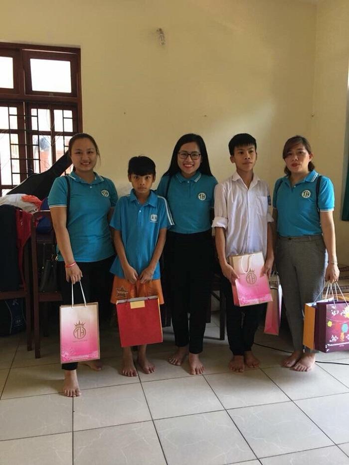 Công ty TNHH Đông y Gia truyền Tiến Hạnh: Mang trung thu đến các em nhỏ có hoàn cảnh khó khăn - Ảnh 5