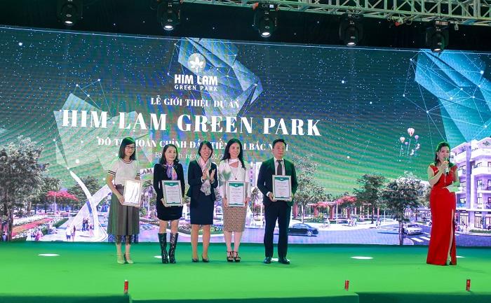 Him Lam Green Park gây ấn tượng ngay trong ngày đầu ra mắt dự án - Ảnh 4