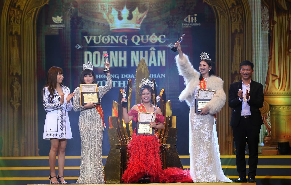 Tóc Tiên cá tính đi dự sự kiện của Linh Hương - Ảnh 10
