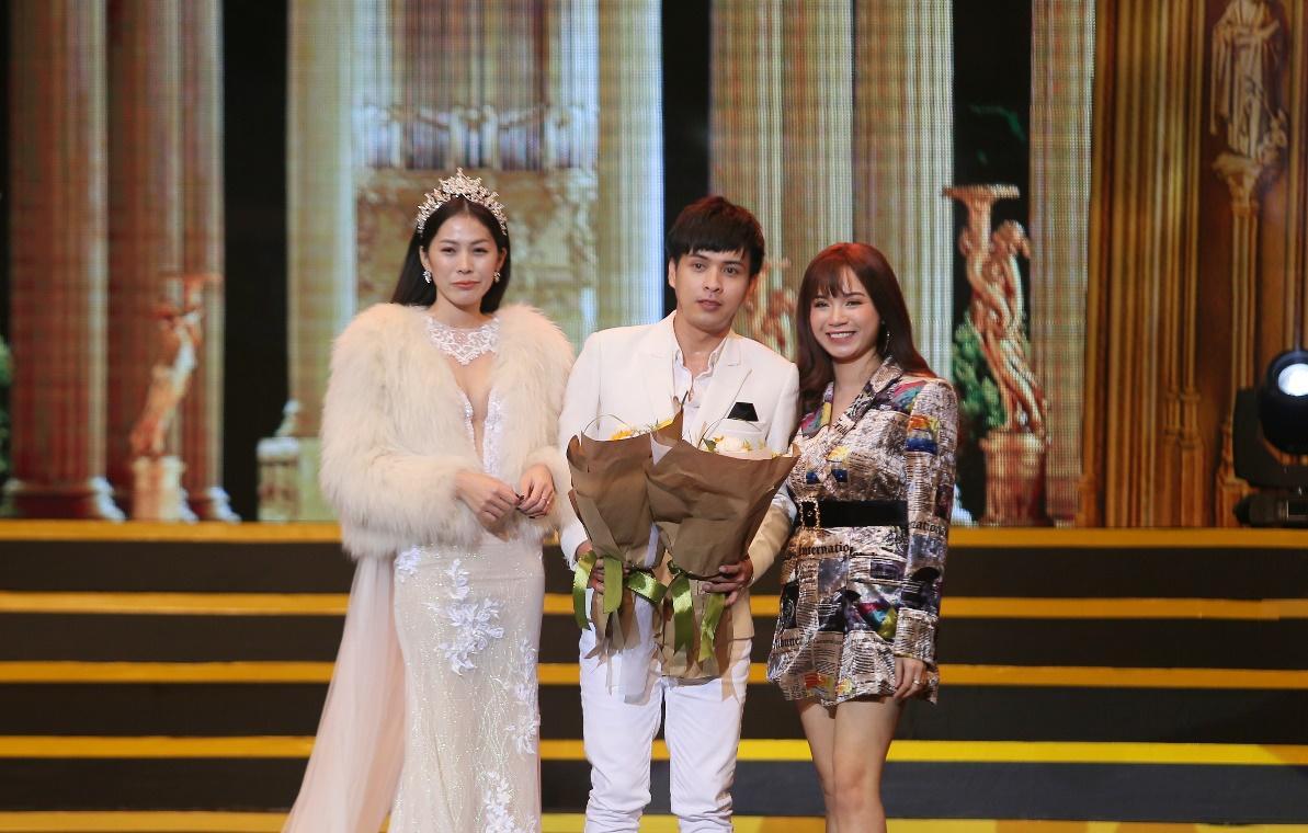 Tóc Tiên cá tính đi dự sự kiện của Linh Hương - Ảnh 6