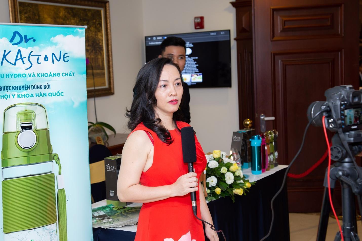 Thương hiệu Dr Alka Stone đồng hành cùng 'Nghệ sỹ và doanh nhân mừng xuân 2019' - Ảnh 2