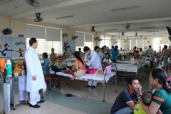 Đưa nhiều kỹ thuật tiên tiến vào Bệnh viện quận Bình Tân  - Ảnh 1