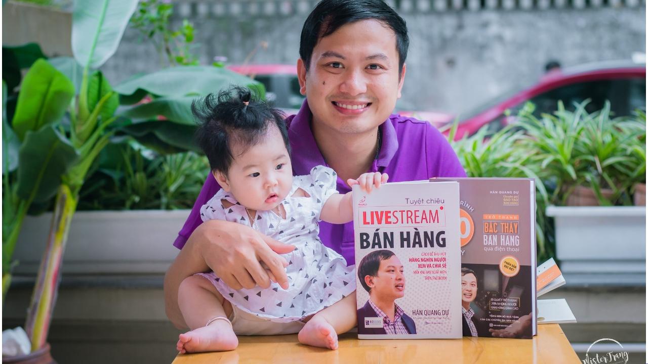 Buổi ra mắt 2 cuốn sách về kinh doanh online của thầy Hán Quang Dự - Ảnh 1