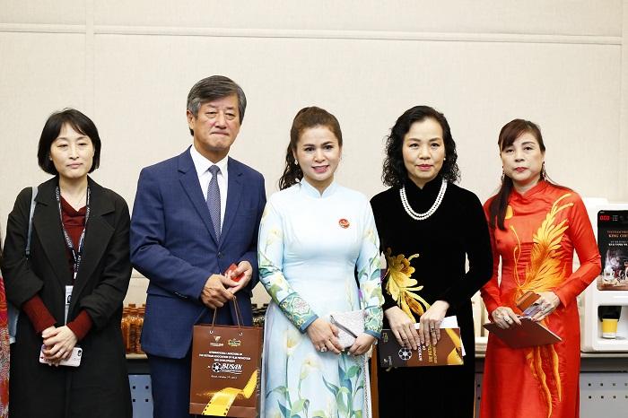 King Coffee đồng hành cùng Hiệp hội Xúc tiến Phát triển Điện ảnh Việt Nam giới thiệu cà phê và nền điện ảnh Việt ra thế giới - Ảnh 1