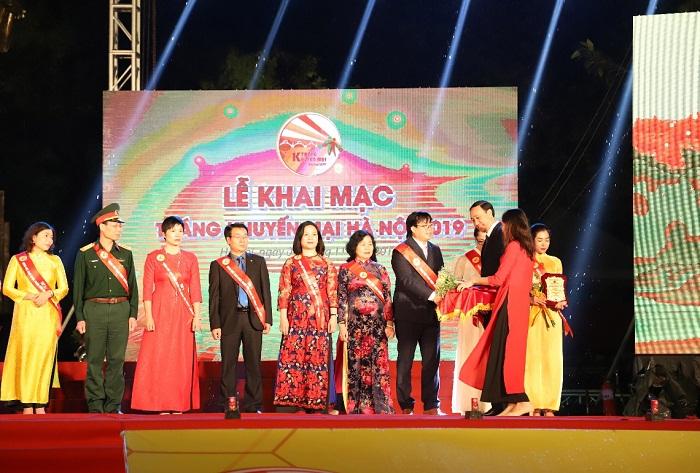 Tân Á Đại Thành – Doanh nghiệp duy nhất có 2 sản phẩm lọt Top 1 hàng Việt Nam được người tiêu dùng yêu thích - Ảnh 1
