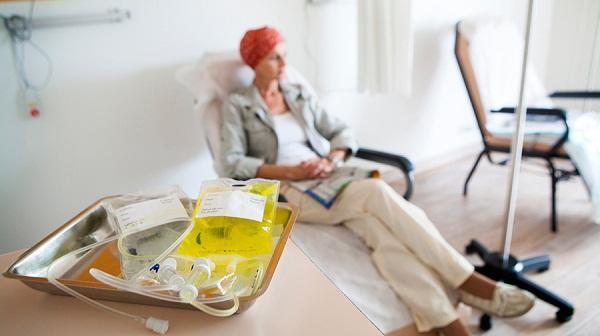 Bí quyết giúp bệnh nhân vượt qua được quá trình truyền hóa chất - Ảnh 1