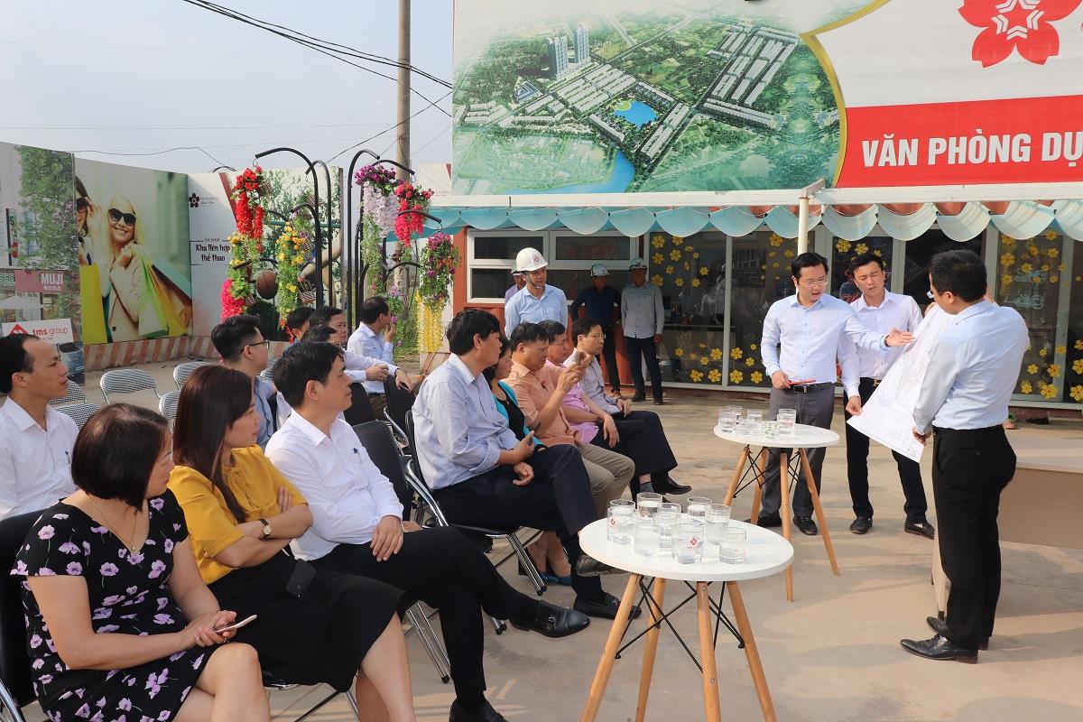 Đoàn đại biểu Quốc hội tỉnh Vĩnh Phúc đến thăm dự án TMS Grand City Phuc Yen - Ảnh 2