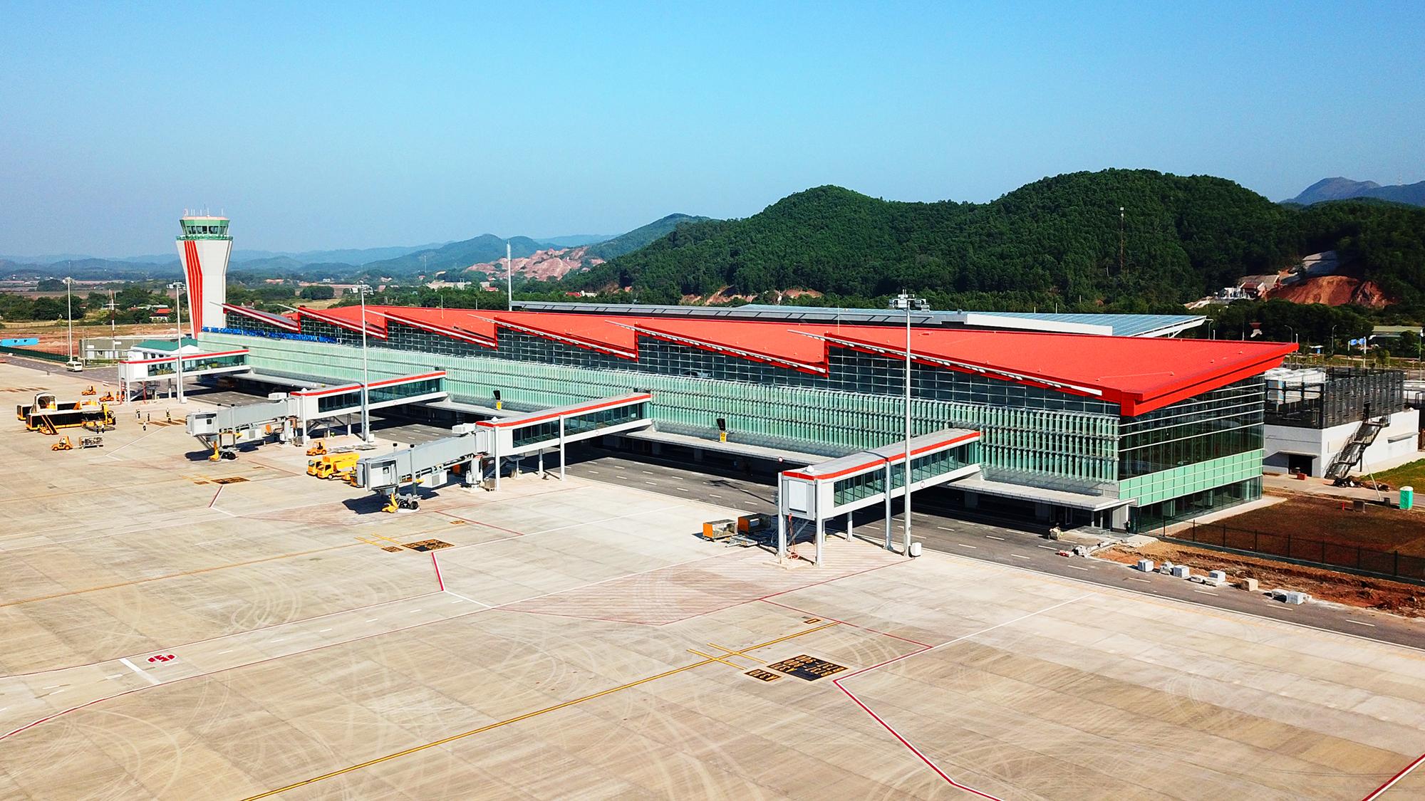 Du lịch miền Trung – Tây Nguyên: Áp lực lớn vì thiếu sân bay, cảng biển - Ảnh 3