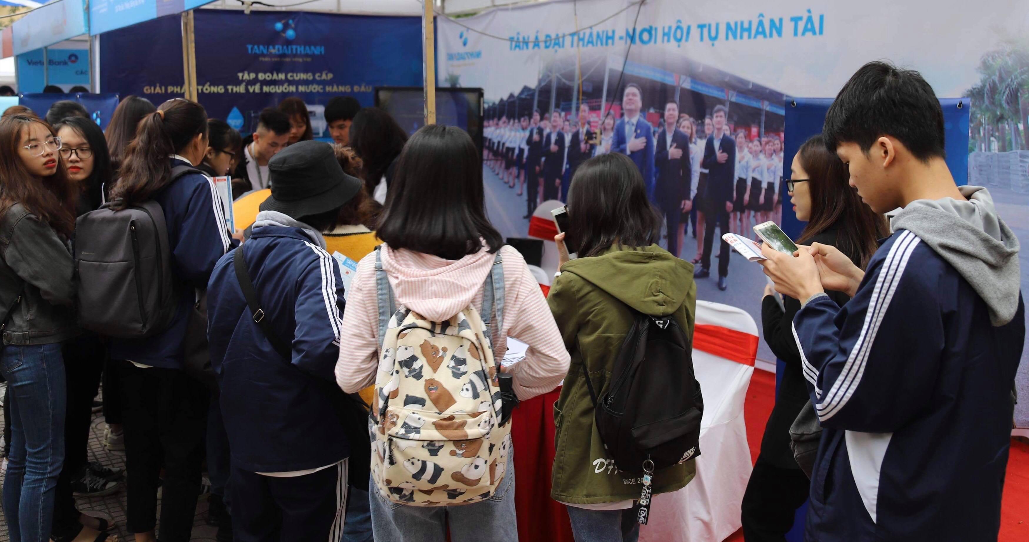 Tân Á Đại Thành mang đến nhiều cơ hội việc làm tại NEU CAREER EXPO 2019 - Ảnh 3