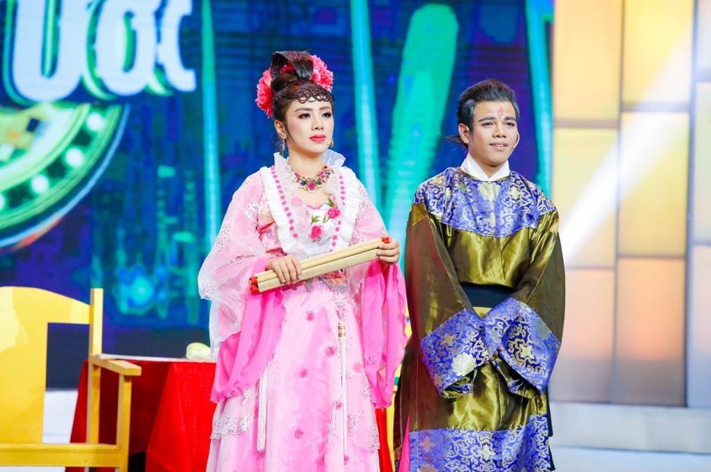 """Miko Lan Trinh bất ngờ làm giám khảo khách mời tại cuộc thi """"Ngôi Sao Tiếng Hát Đại Dương"""" - Ảnh 1"""