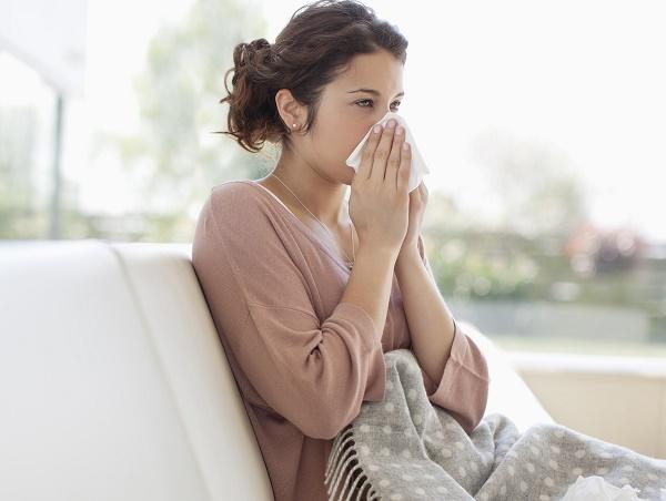 Những lưu ý khi dùng Thông Xoang Tán điều trị viêm mũi, viêm xoang - Ảnh 1