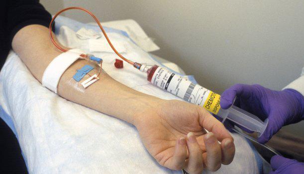 Bệnh nhân bị sốt sau khi truyền hóa chất có nguy hiểm không?  - Ảnh 2