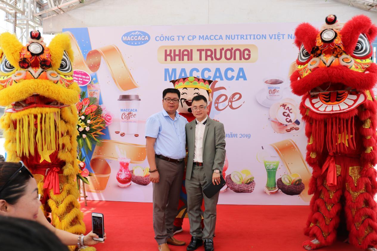Tưng bừng khai trương Maccaca Coffee 18 Phạm Hùng - Hà Nội - Ảnh 4
