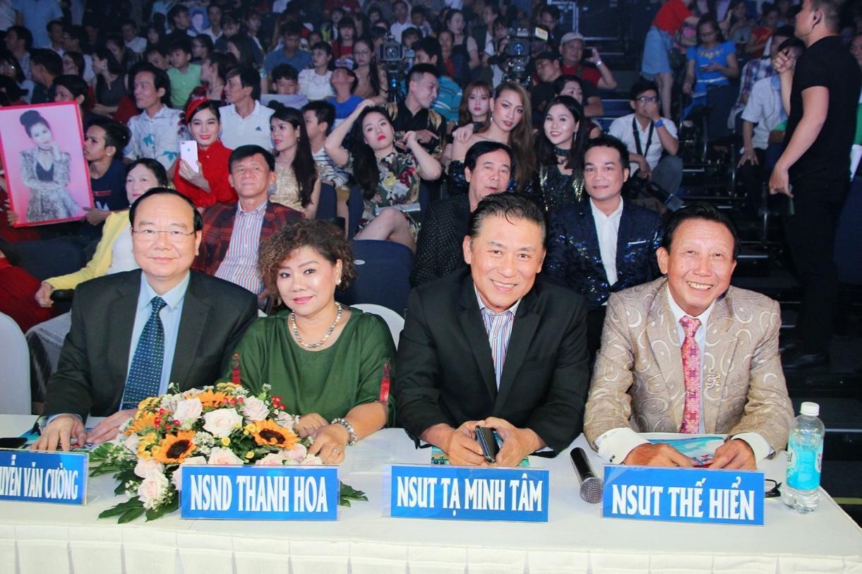 """Nguyễn Thị Hồng Nhung xuất sắc dành giải 3 cuộc thi """"Ngôi sao tiếng hát Đại dương"""" mùa đầu tiên - Ảnh 1"""