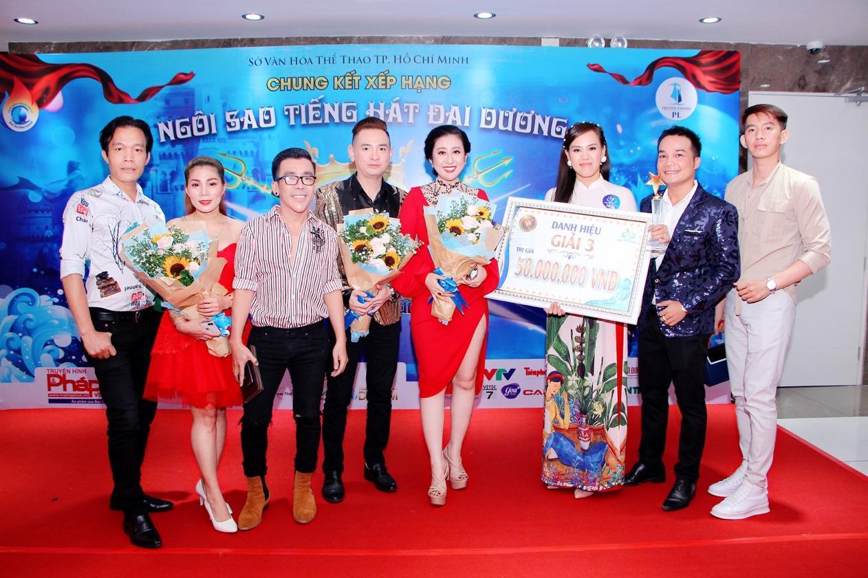 """Nguyễn Thị Hồng Nhung xuất sắc dành giải 3 cuộc thi """"Ngôi sao tiếng hát Đại dương"""" mùa đầu tiên - Ảnh 7"""