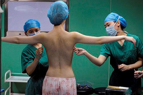Bật mí địa chỉ phẫu thuật nâng ngực sầm uất giữa lòng Sài Gòn  - Ảnh 3