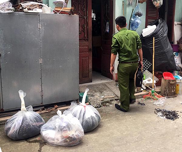 Vĩnh Phúc: Chờ kết quả giám định thi thể phân hủy gần hết trong căn nhà hoang - Ảnh 1