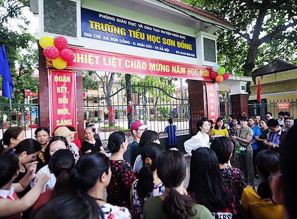 Trường Sơn Đồng bị tố lạm thu: Được trả lại tiền, nhiều phụ huynh không nhận - Ảnh 1