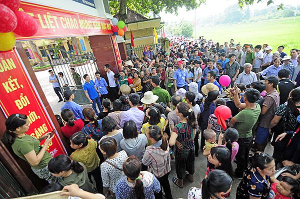 Trường Sơn Đồng bị tố lạm thu: Được trả lại tiền, nhiều phụ huynh không nhận - Ảnh 2