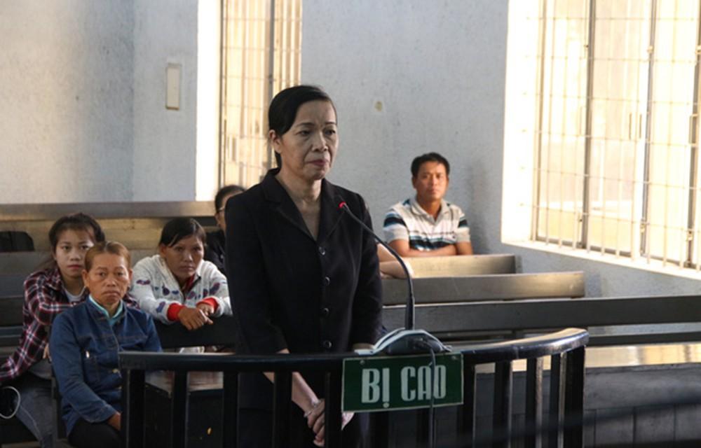 Nguyên Phó Chánh án huyện nhận hối lộ lãnh 12 tháng tù - Ảnh 2