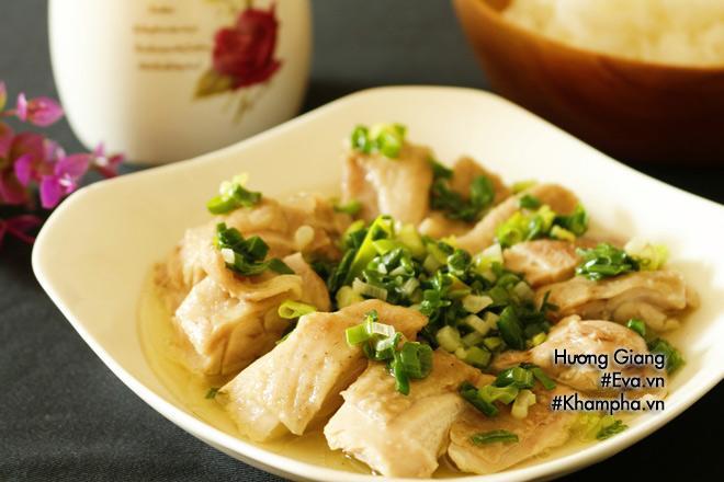 Món ngon mỗi ngày: Cách làm gà hấp hành nóng hổi thơm ngon - Ảnh 5