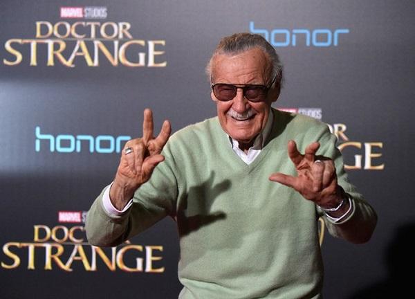 """""""Cha đẻ"""" của Marvel, ông vua truyện tranh Stan Lee qua đời ở tuổi 95 - Ảnh 1"""