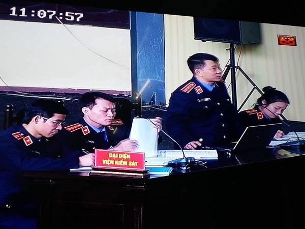 Những con số ấn tượng trong ngày đầu mở tòa xét xử ông Phan Văn Vĩnh - Ảnh 4