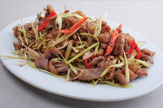 Món ngon mỗi ngày: Thịt bê xào sả, ớt cay cay cho bữa tối - Ảnh 4