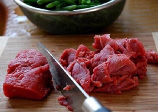 Món ngon mỗi ngày: Biến tấu thịt bò xào ớt chuông lạ mắt - Ảnh 3