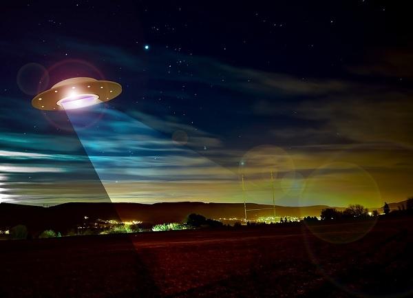 Người ngoài hành tinh đồng loạt ghé thăm trái đất với số lượng lớn? - Ảnh 1