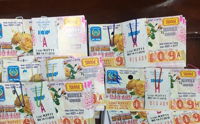 Hi hữu: Cùng lúc, một cán bộ Tây Ninh trúng thưởng 80 tờ vé số - Ảnh 1