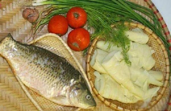 Món ngon mỗi ngày: Canh cá chép nấu măng chua ăn quên sầu ngày lạnh - Ảnh 2
